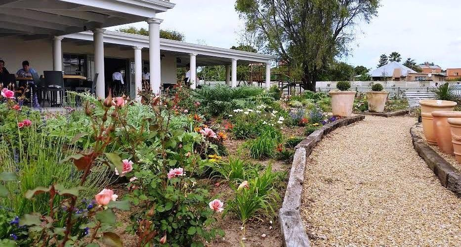 Rose Garden Tea House - Restaurant Walmer Port Elizabeth