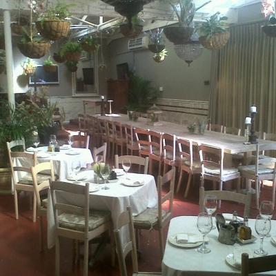 Il giardino degli ulivi restaurant millpark johannesburg for Il giardini