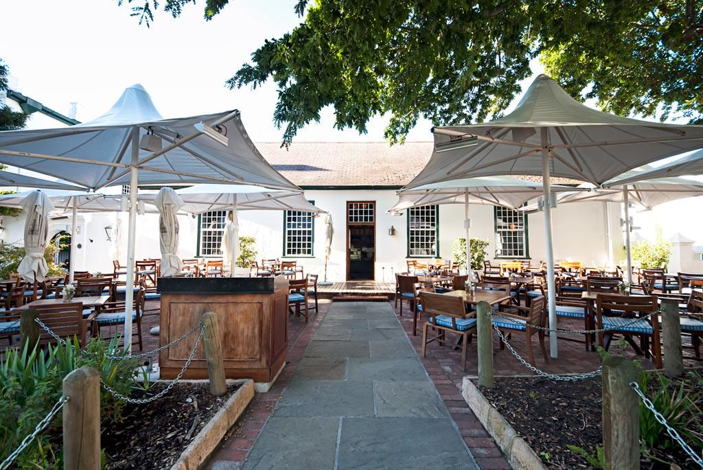 La belle cafe bakery alphen boutique hotel for Alpen boutique hotel