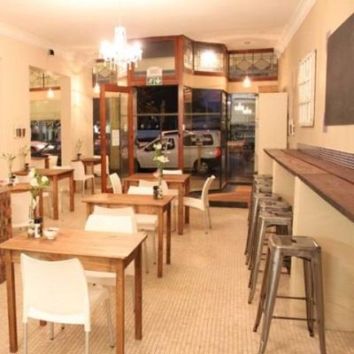 The open kitchen restaurant stellenbosch for Kitchens western cape
