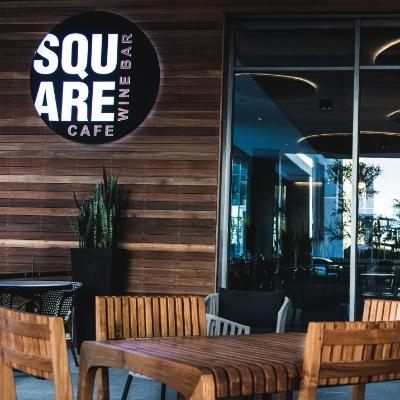 Square Cafe & Wine Bar